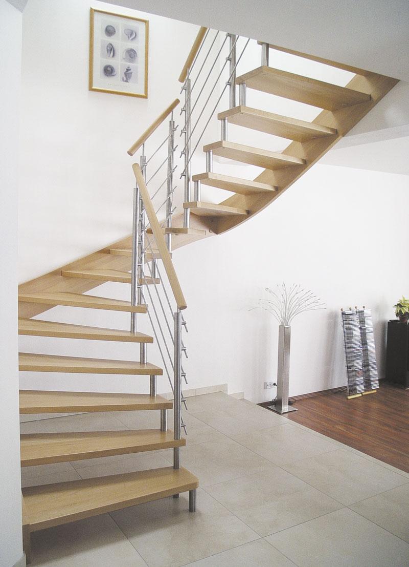 freitragende treppe statisch berechnet vom g nztaler treppenbau g ta treppenbau. Black Bedroom Furniture Sets. Home Design Ideas